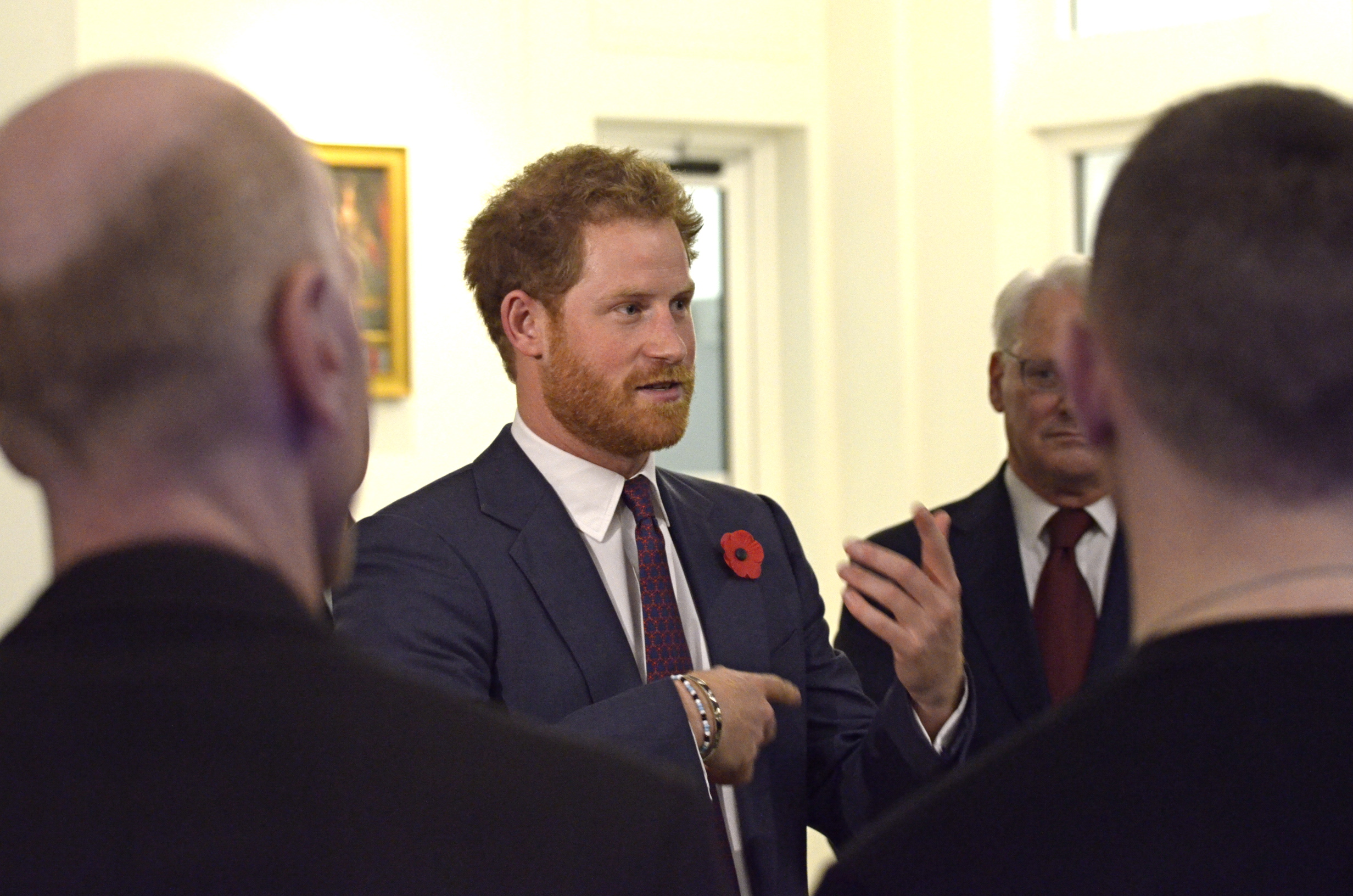 Prince Harry discusses CONTACT!unload with veterans